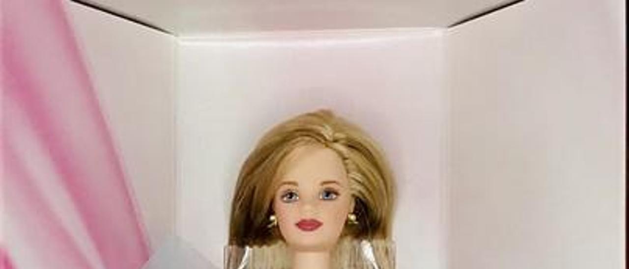 La colección de 700 muñecas barbies de José Luis Montesdeoca