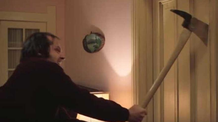 El hacha de Jack Nicholson en 'El Resplandor', subastado por 192.000 euros
