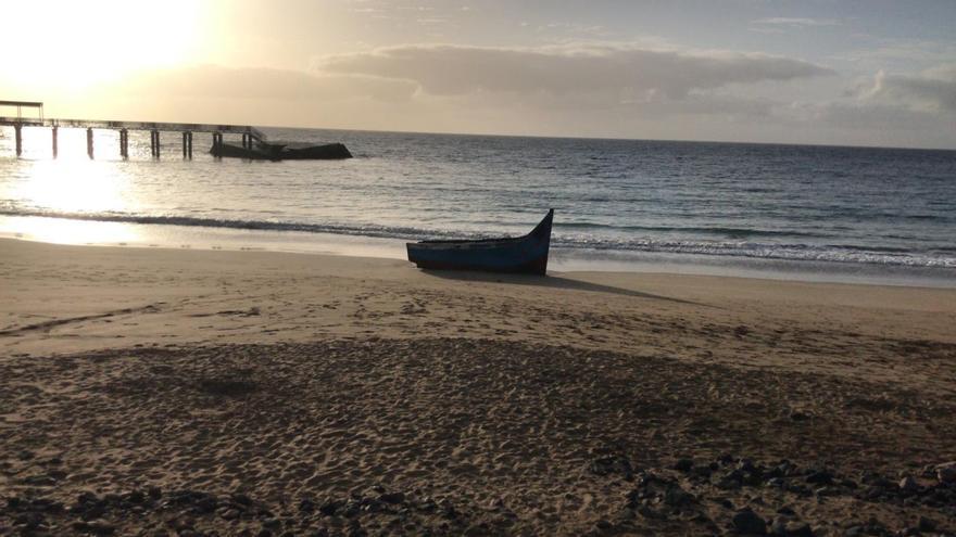 Una patera llega a la costa de Haría con 32 magrebíes a bordo, 9 de ellos menores