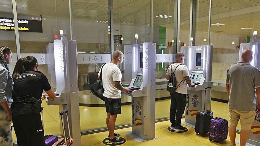 Girona és la tretzena província d'Espanya en expedició de passaports