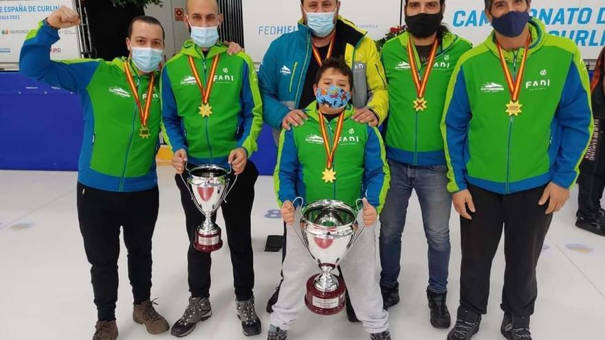 Histórico ascenso a Primera de Los Compadres Curling Málaga
