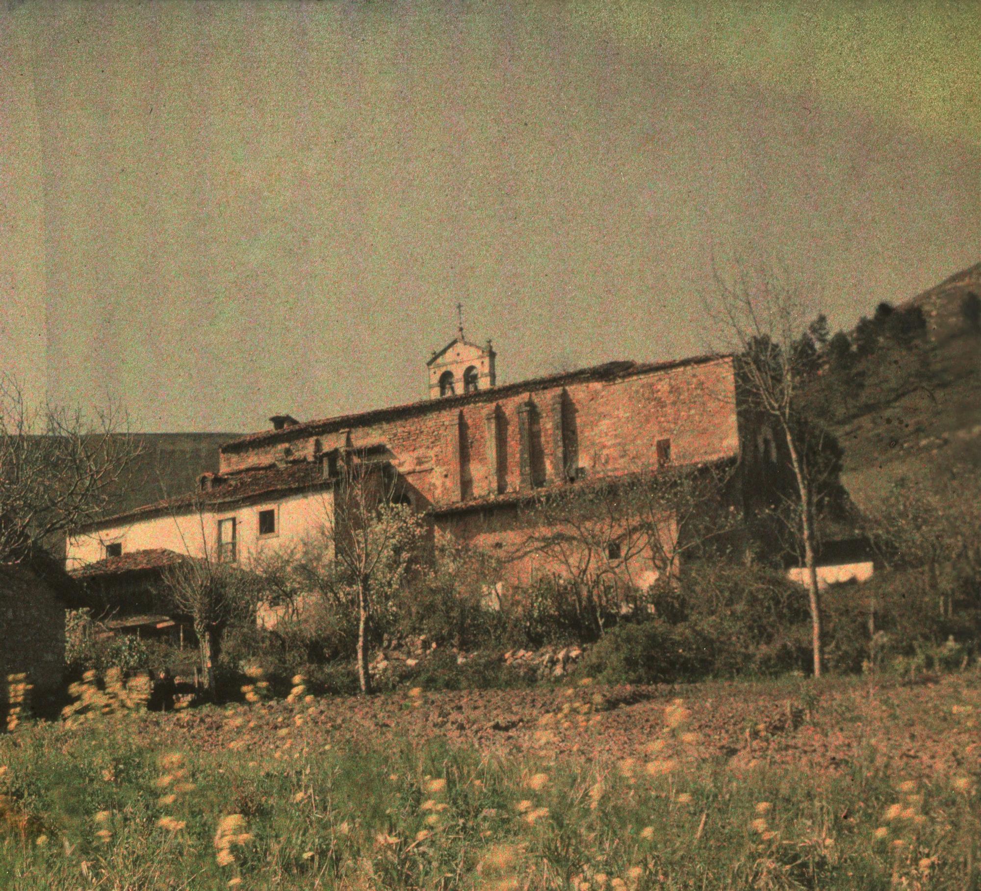 Santa Maria Naranco (autocromo).jpg