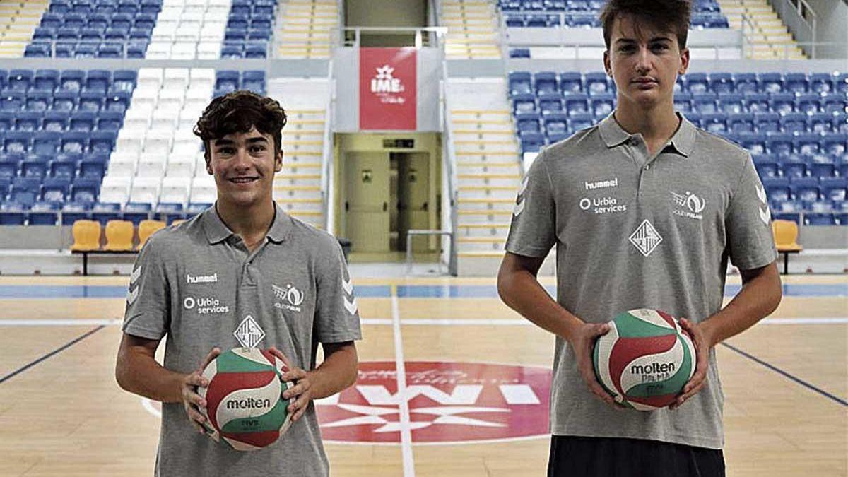 Los juveniles Álex Sánchez y Toni De la Rosa.