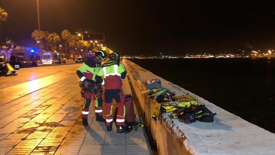 El agente herido en la Avenida Marítima perseguía a un joven que agredió a un policía