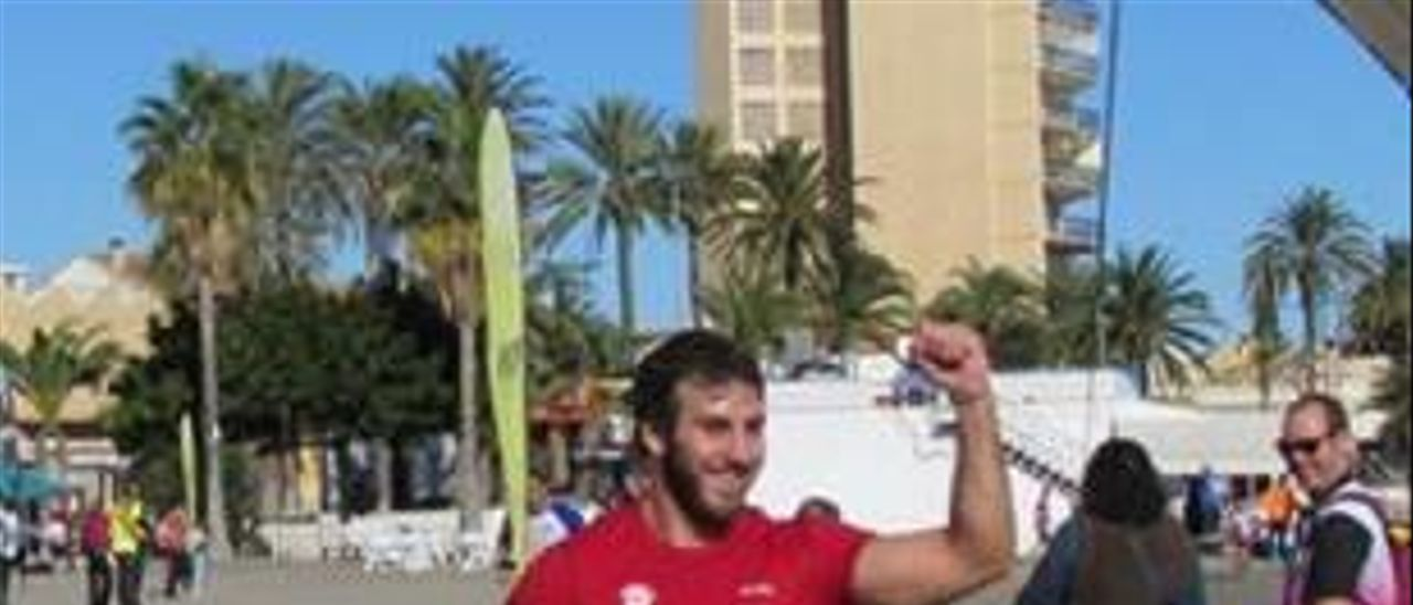 El palista del Scooter de Algemesí Moreno gana el XI Piragua Cross Los Alcázares