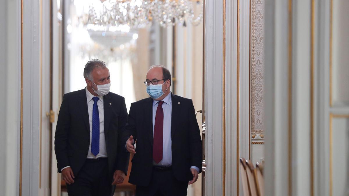 Iceta se reúne con el presidente de Canarias Ángel Víctor Torres