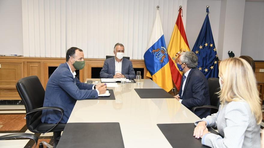 """Torres: """"El Gobierno de España atiende a Canarias y a nuestras peticiones"""""""