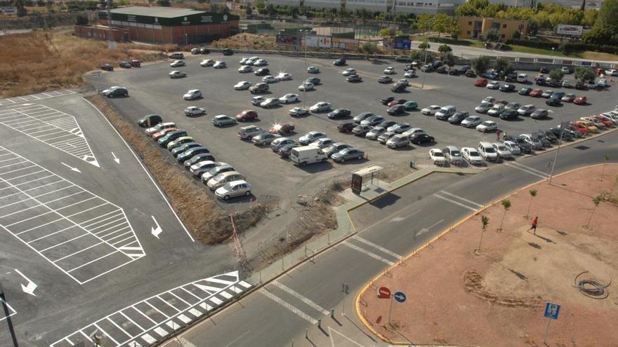 Adjudican a EYSA la gestión del parking del hospital Reina Sofía que seguirá costando un euro al día