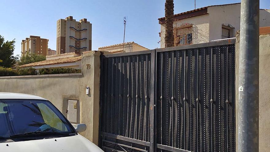 Multan al alcalde de El Campello por no actuar en una infracción urbanística