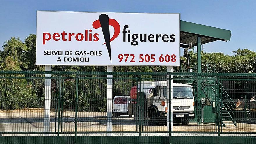 Petrolis Figueres, referent de confiança en la distribució de carburants a domicili