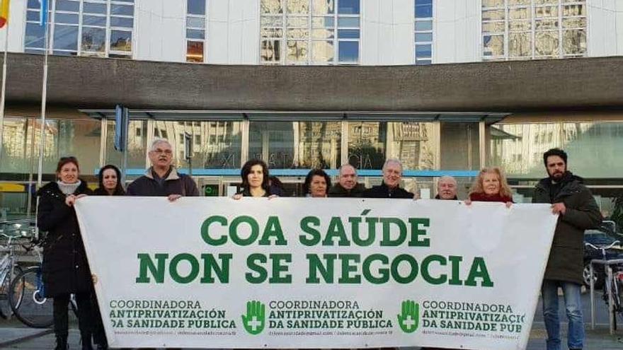 La Marea Blanca denuncia la mercantilización de la salud en A Coruña