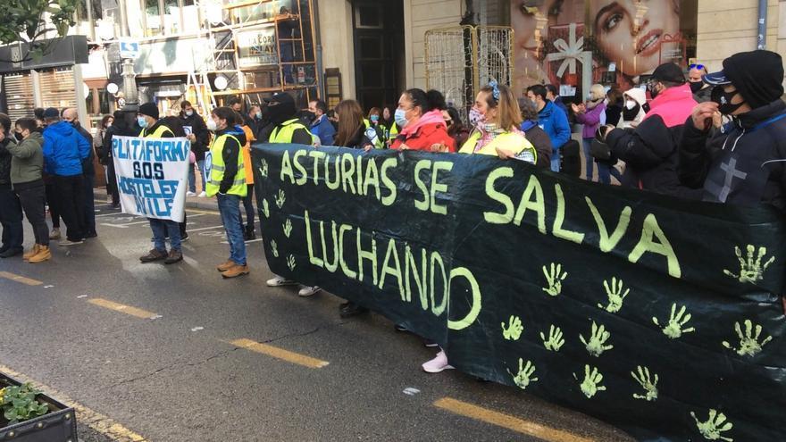 """""""Abrir las terrazas no es una solución, esto es Asturias"""", los hosteleros exigen a Barbón indemnizaciones inmediatas por el cierre"""