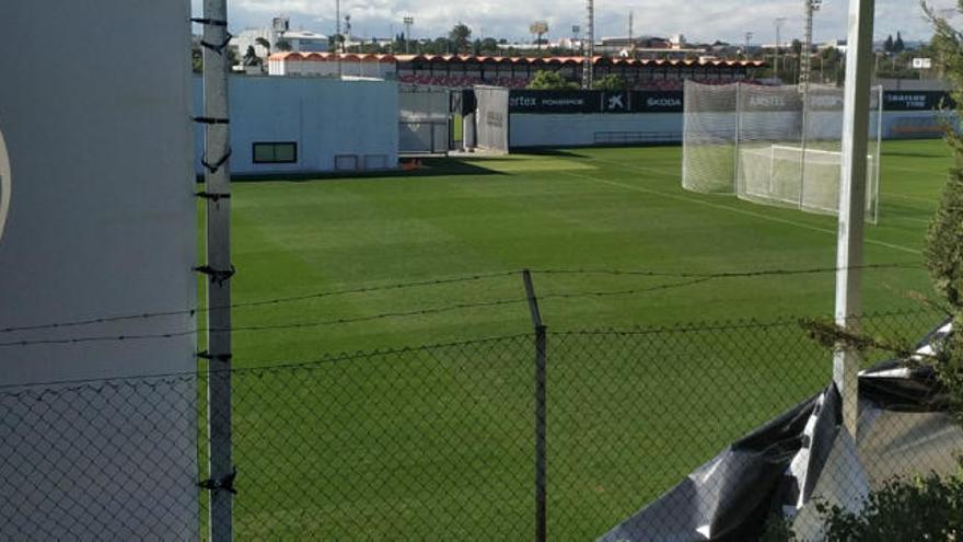El viento desnuda el búnker del Valencia CF