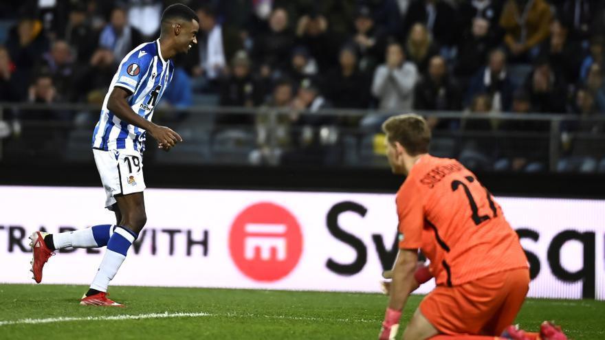 Isak reanima a la Real en la Europa League