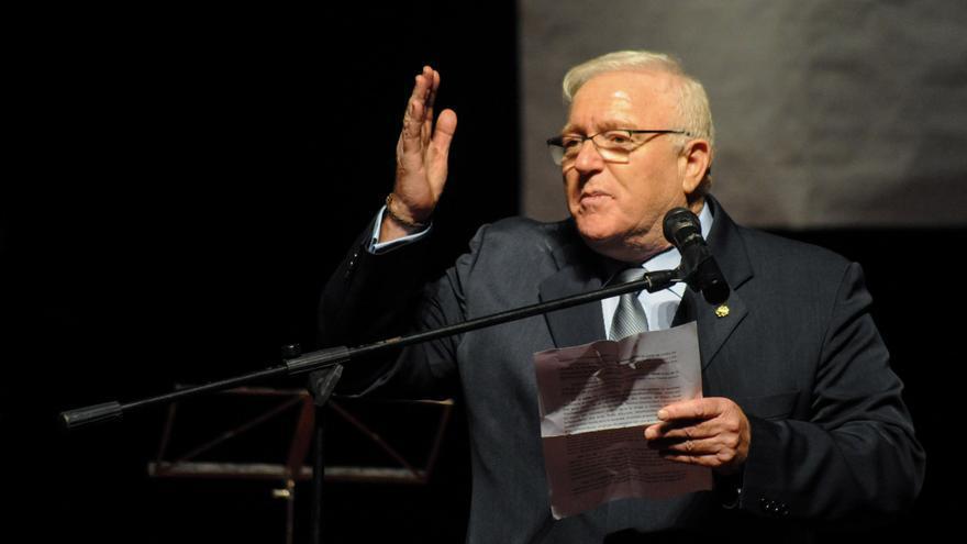 Francisco Fernández, presidente de Cáritas Interparroquial Arousa, aparece sin vida en una playa de A Illa