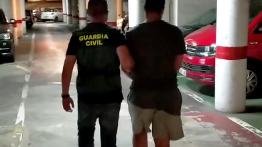 Dos detenidos por robar en una casa y agredir al morador en Marratxí