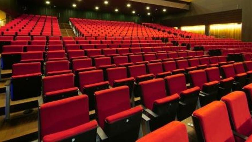 El Kursaal suspèn 4 espectacles més i el projecte Fem Òpera!