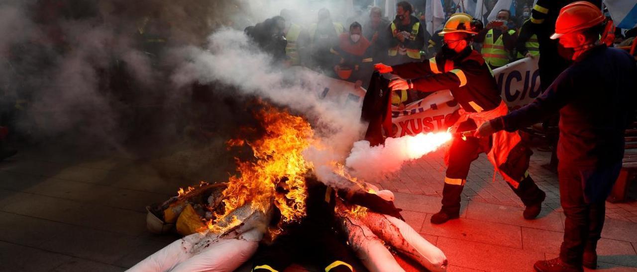 Miles de personas piden en Lugo la intervención de Alcoa