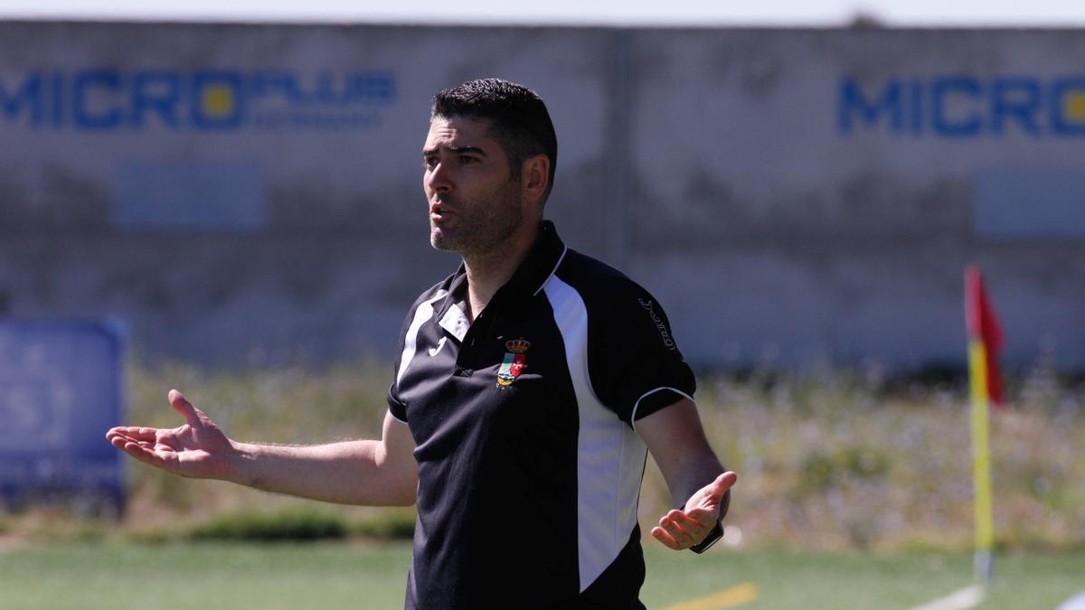 Mario Prieto, director deportivo del club azulón.