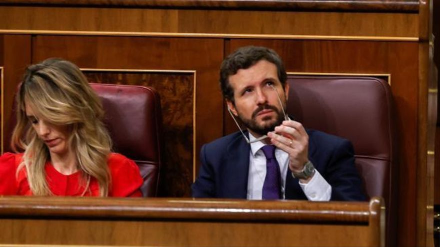 Sánchez recurre a Alonso para hacer reproches al PP