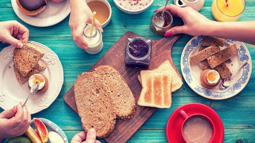 Comer más en el desayuno que en la cena podría prevenir la obesidad
