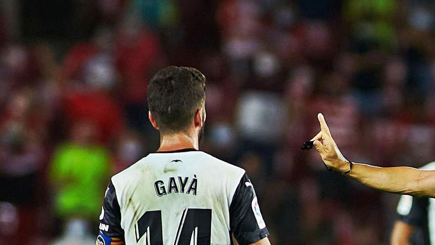 José Luis Gayà y Carlos Soler siguen enarbolando la bandera