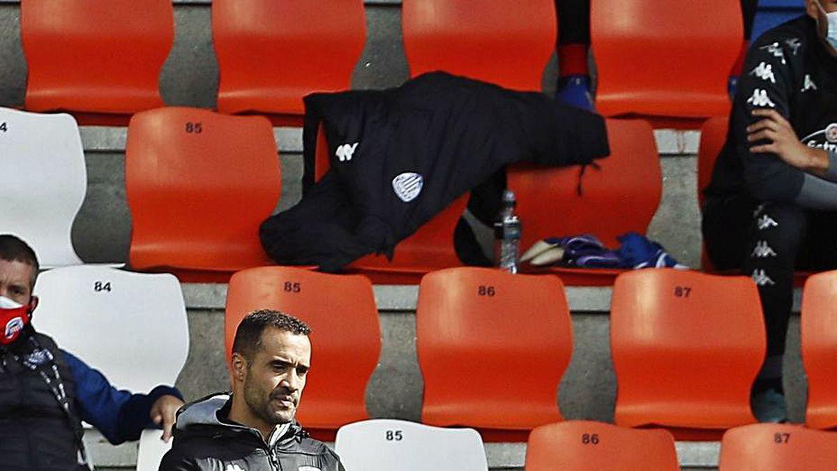 Juanfran, durante el encuentro jugado ayer por el Lugo.