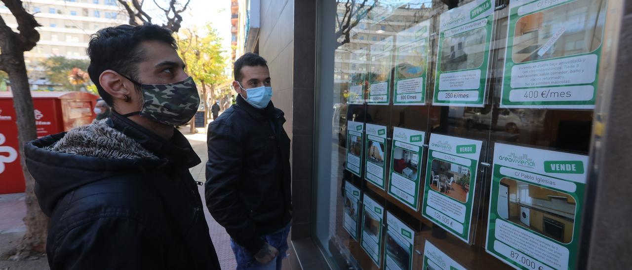 El acceso a la vivienda sigue siendo complicado para la mayoría de jóvenes de Castellón.