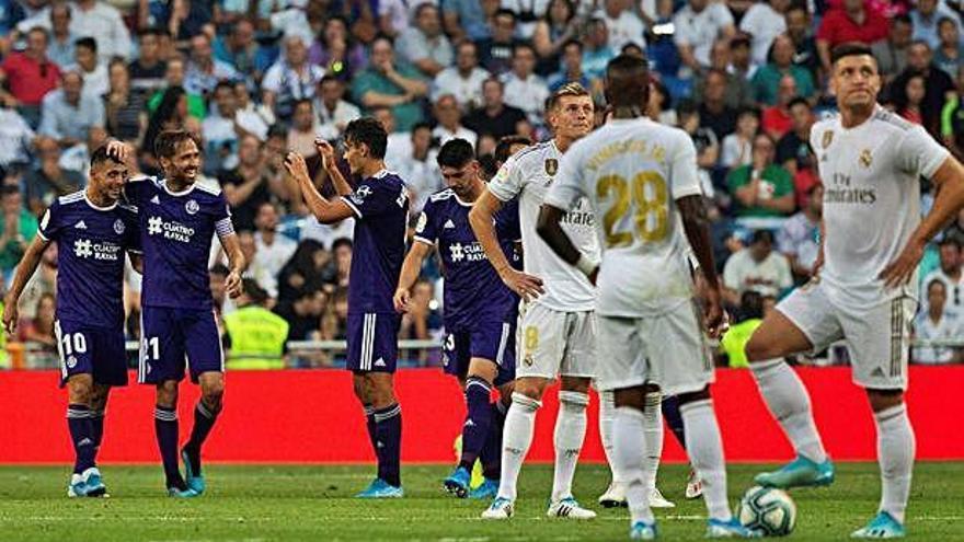 El Real Madrid vuelve a las andadas en el Bernabéu