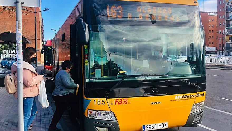 «Utilizar este autobús es casi como tener el metro»