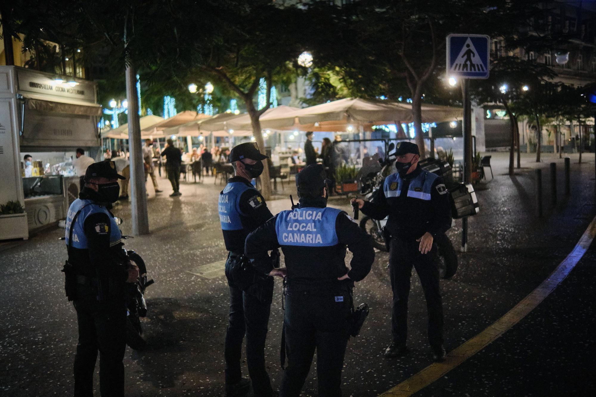 Nochevieja con la Policía Local de Santa Cruz