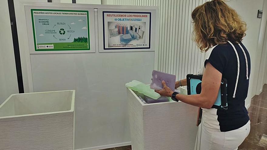 El Hospital General de Elche regala a los usuarios acumuladores de frío