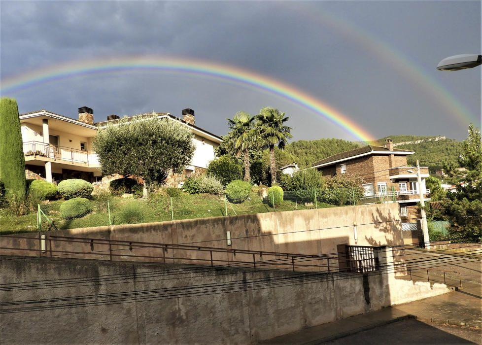 A Castellbell i el Vilar la pluja va obsequiar amb aquest espectacle.