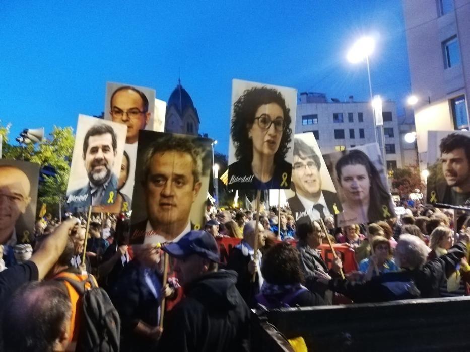 Concentració a Manresa contra la sentència del judici al procés