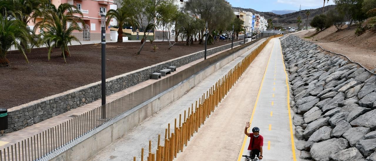 Paseo peatonal y deportivo del barranco de Pino Seco.