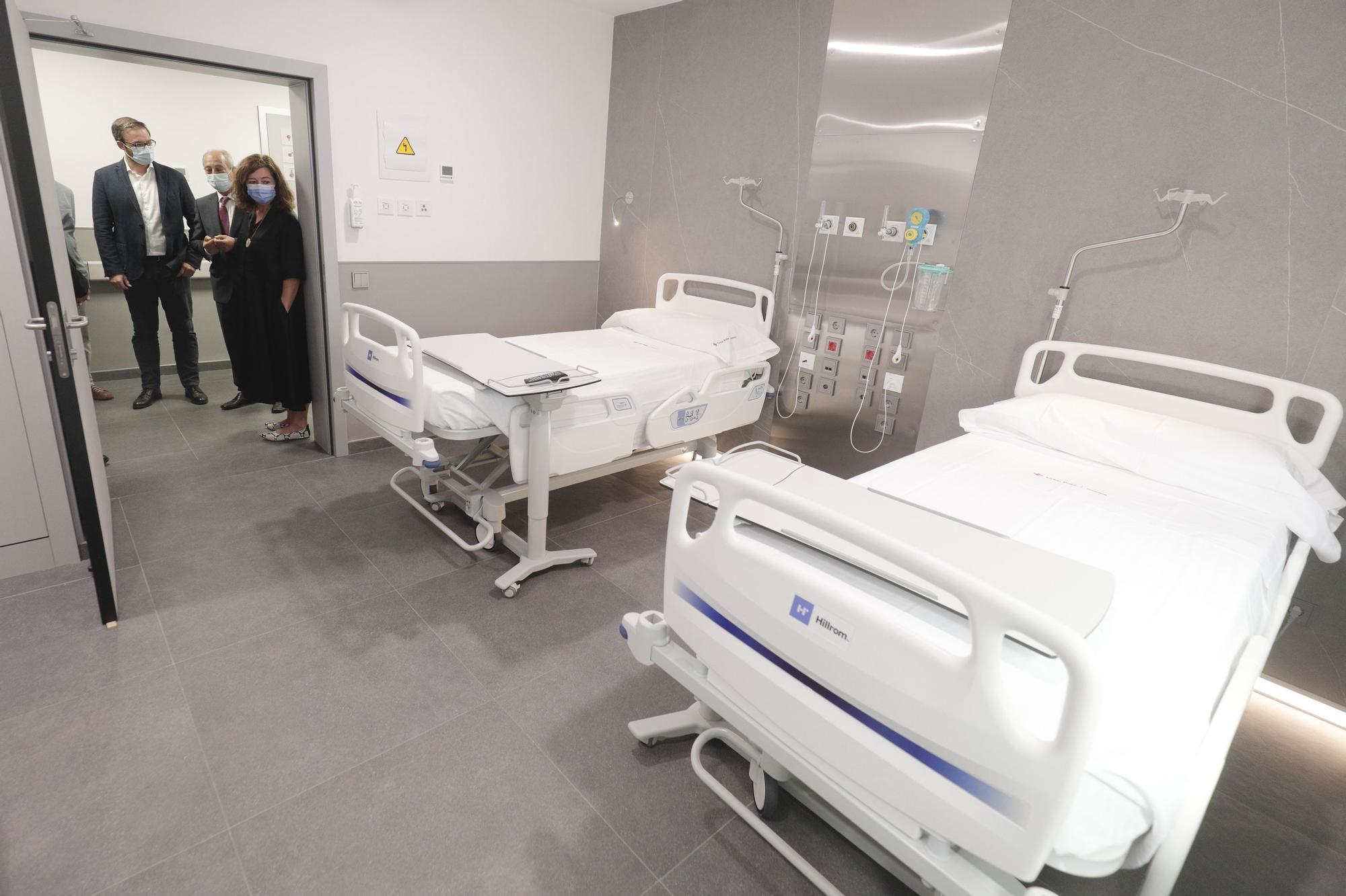 Presentan un renovado hospital de la Cruz Roja que seguirá atendiendo pacientes de la pública hasta 2029