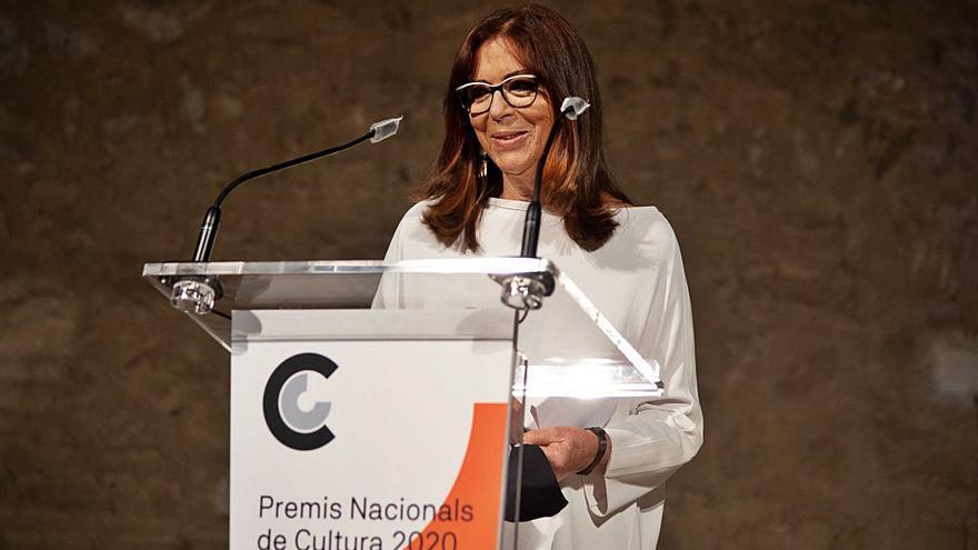 Maria del Mar Bonet recibe con el Premi Nacional una «ola de estima»