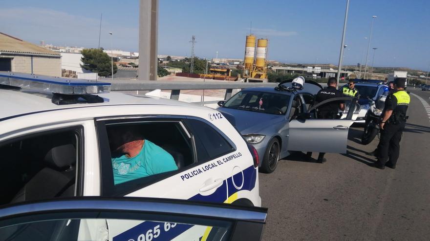 Una espectacular persecución entre El Campello y Bacarot acaba con la detención de un conductor sin permiso y a gran velocidad