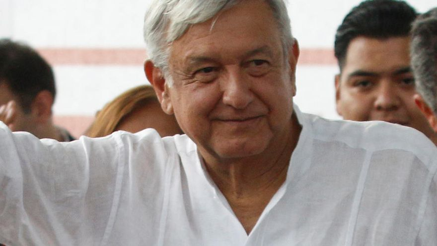López Obrador, atrapado tres horas en un vuelo