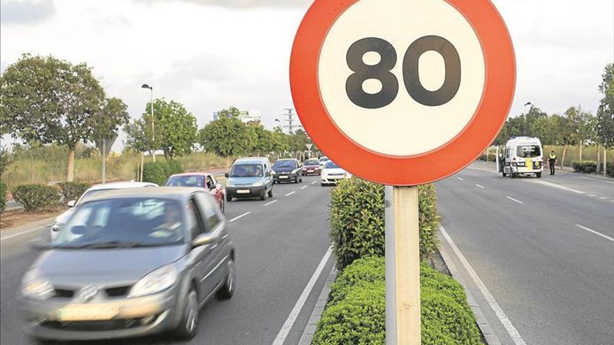 Tráfico recuerda que si se va a 80 km/h un atropello es mortal