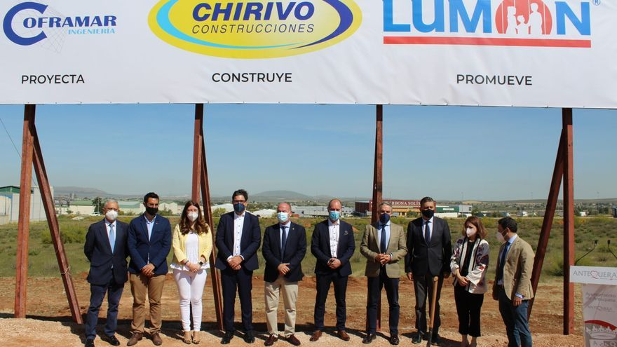 Lumon comienza las obras de su fábrica de acristalamientos en Antequera el lunes