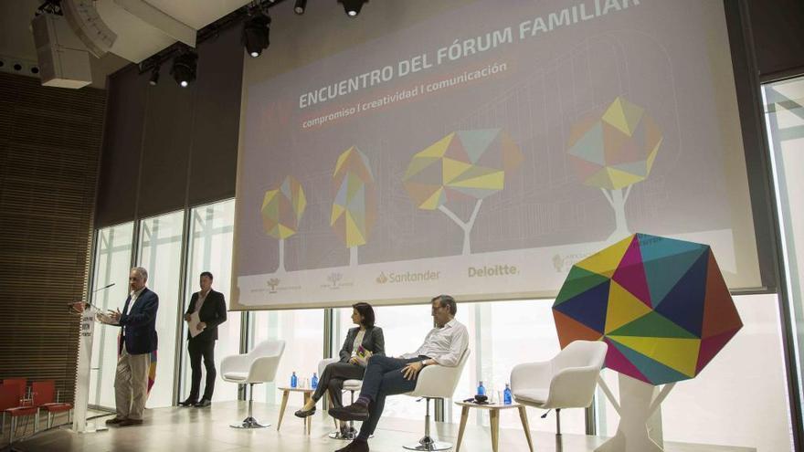 Las empresas familiares analizan los retos de la gestión para los jóvenes