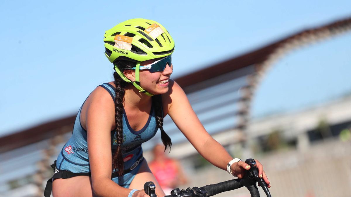 Búscate en las imágenes del campeonato de Europa de Triatlón . Distancia Olímpica