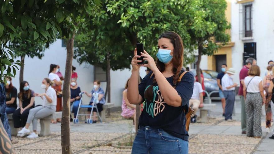 Desescalada en Córdoba: ansia de ver flores y verdes en el Alcázar y Viana