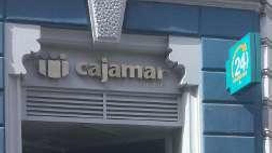 La caja rural Cajamar se refuerza en Asturias y abre oficina en Avilés