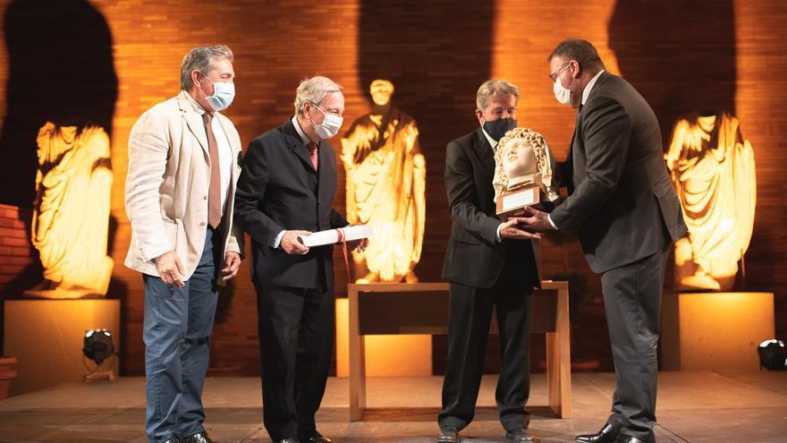 Rafael Moneo se reencuentra con el Museo Romano de Mérida en su 35 aniversario