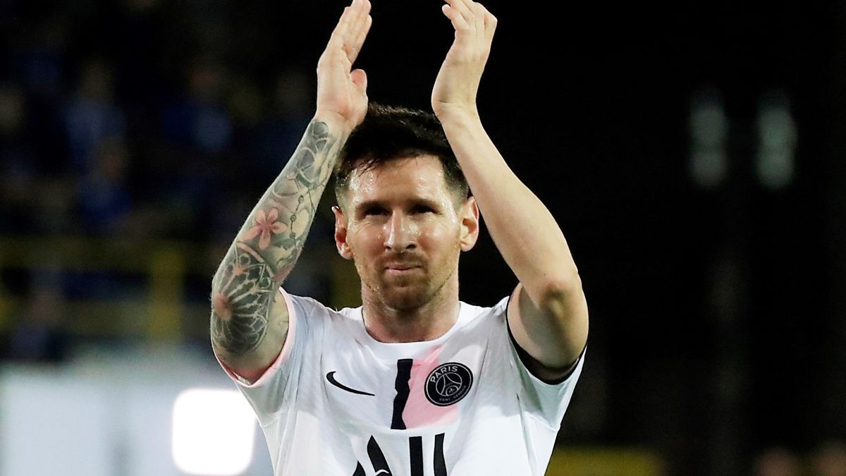 Messi will earn 110 million in Paris if he fulfills the 3-year contract.