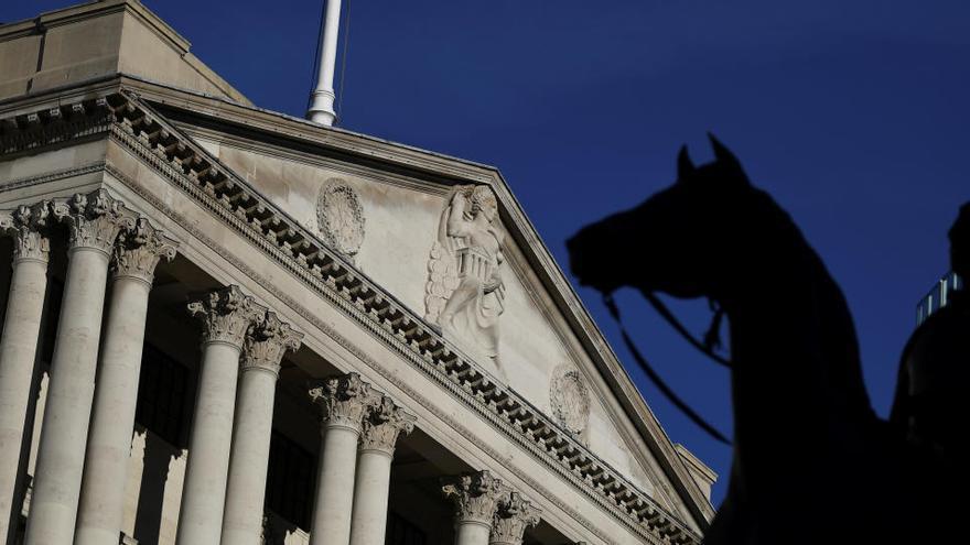El Banco de Inglaterra financiará sin límite al Gobierno ante la crisis