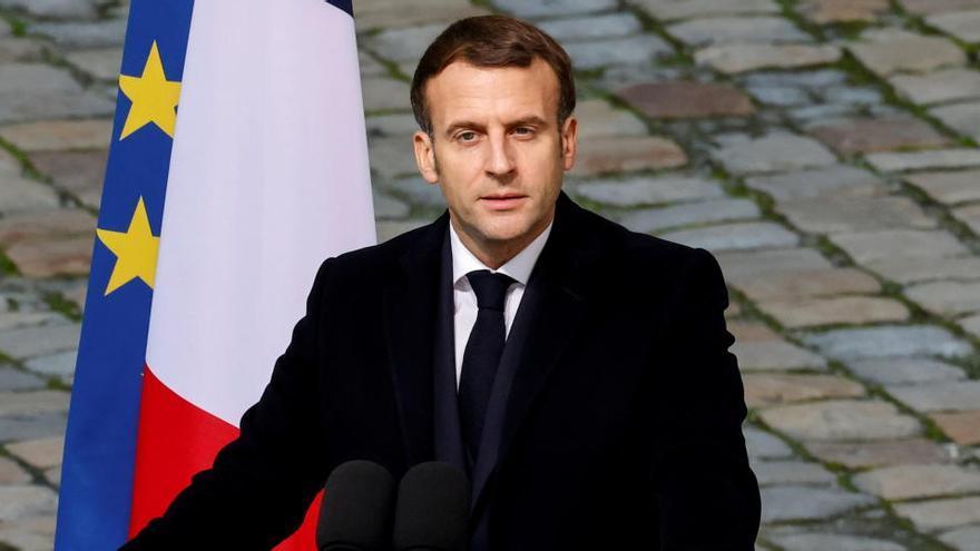 """Macron tacha la agresión a un hombre negro de """"inaceptable"""""""
