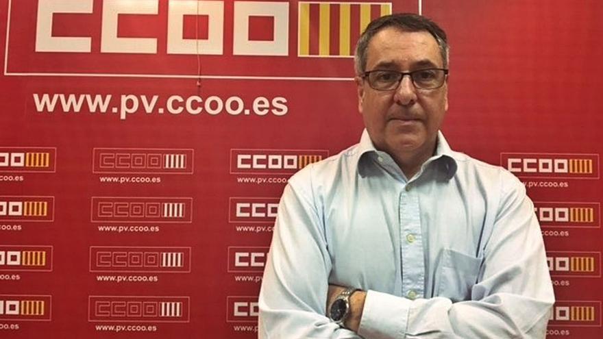 Arturo León: «Me he puesto la vacuna porque estaré en primera línea en el hospital»